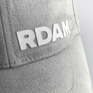 RDAM® pet suede wit op grijs