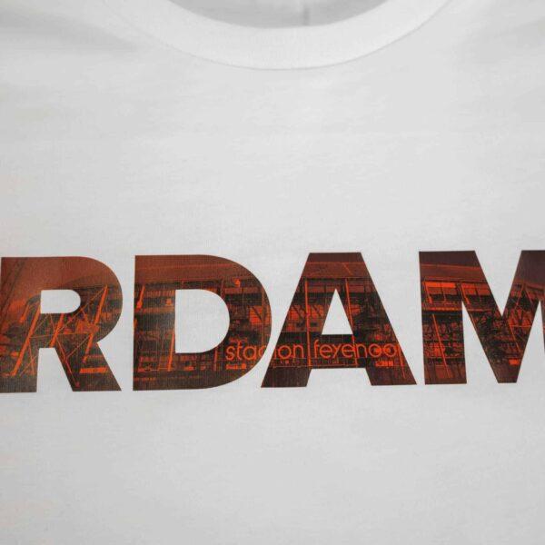 rdam Feyenoord rood op een wit shirt